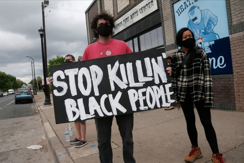 four Minneapolis Officers Fired After Black Man Dies in Custody