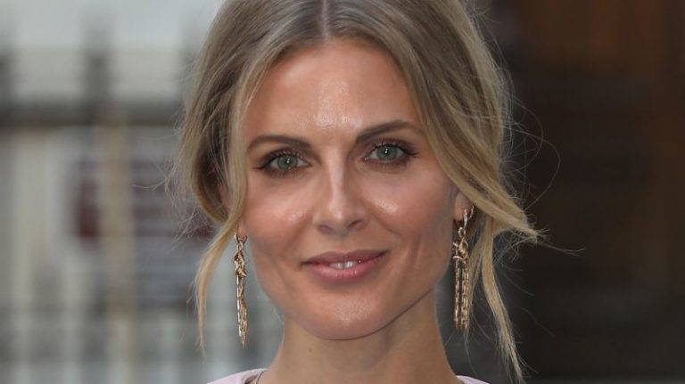 Donna Air declares being a part of infamous Primrose Hill set ruined her profession