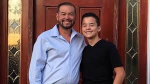 Collin Gosselin appears to shade mom Kate in Mother's Day post