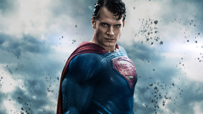 Henry Cavill says to Return As Superman in Future DCEU Movie