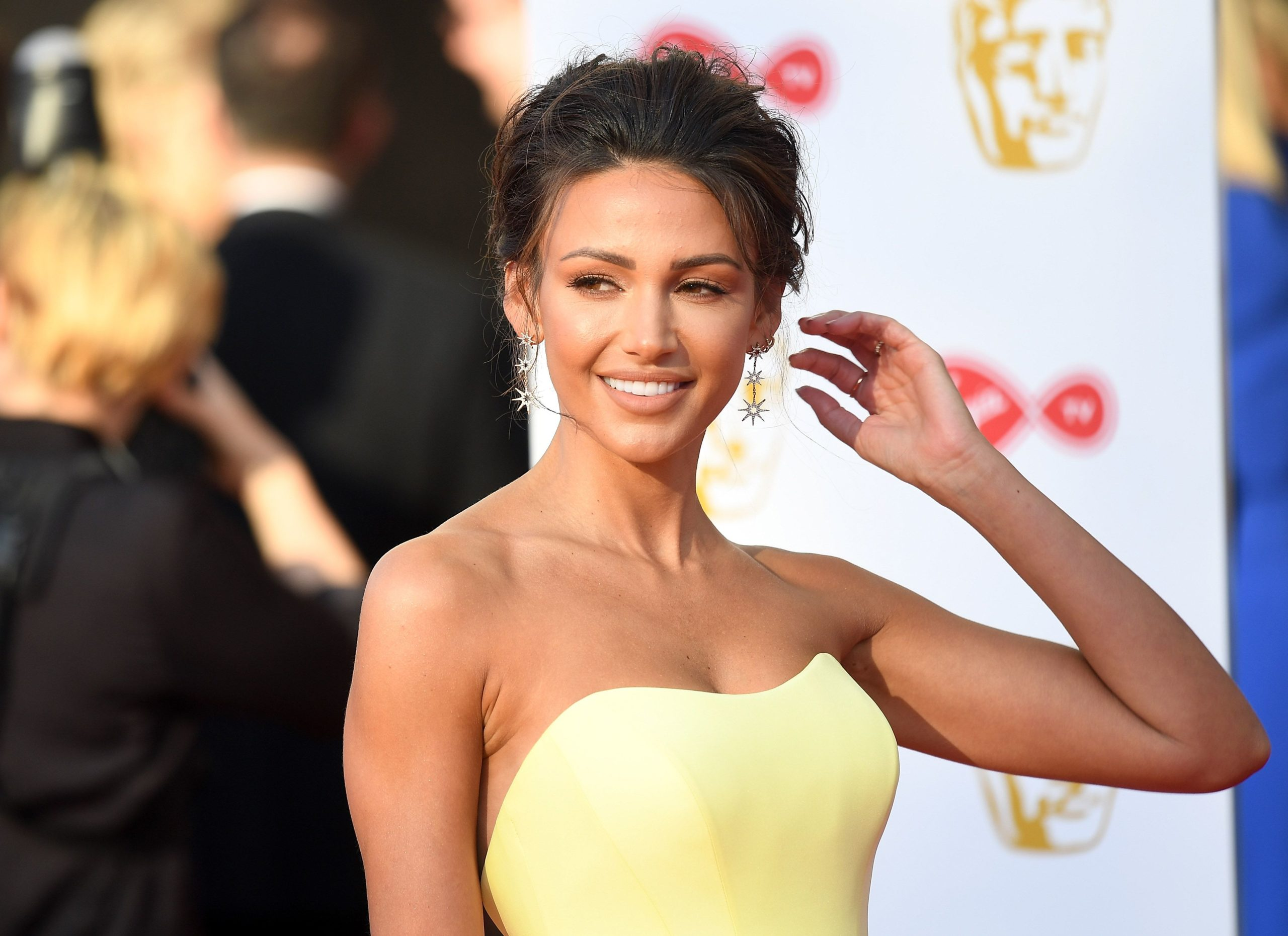 Michelle Keegan surprises followers by displaying off new 'brief hair'