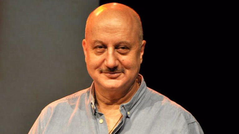 Anupam Kher's mother and other family member tests positive for coronavirus. and anupam kher tested negative